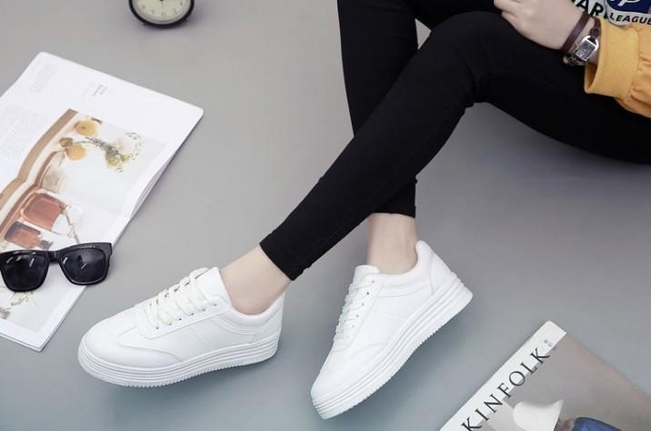 Top 10 Shop bán giày thể thao đẹp nhất Hà Nội