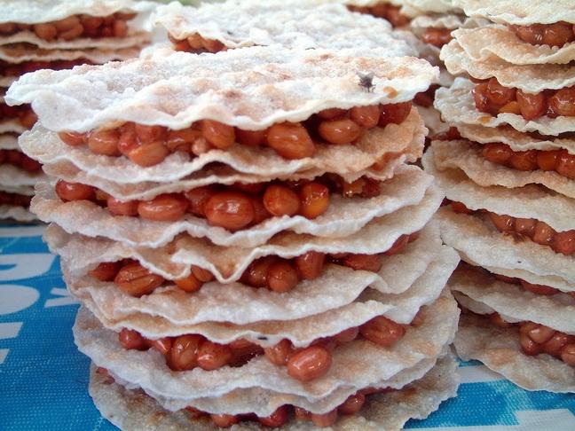 Top 10 loại bánh kẹo đặc sản ngon nhất Việt Nam